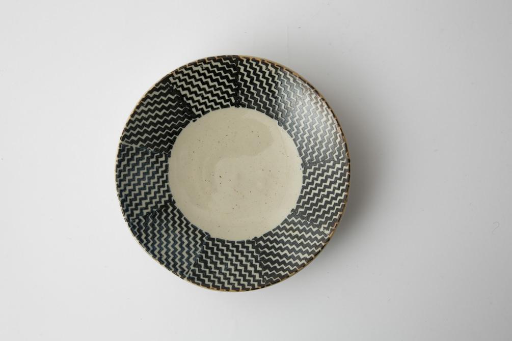 183 Pシャークスキン 六寸丸皿 ブラウン2-item