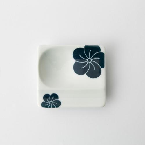 54 重宝皿 梅 青2-item